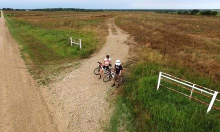 Gnat in the eye & Making the turn – This is Gravel EP:10